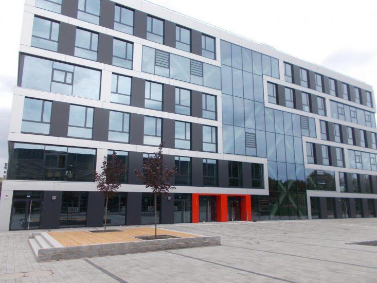 Hochschule Bochum neue Aluminiumfassade